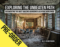 exploring the unbeaten path the book het boek