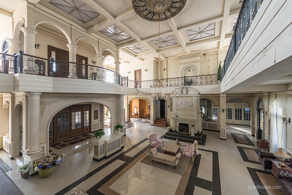 Inside A Luxury Korean Villa