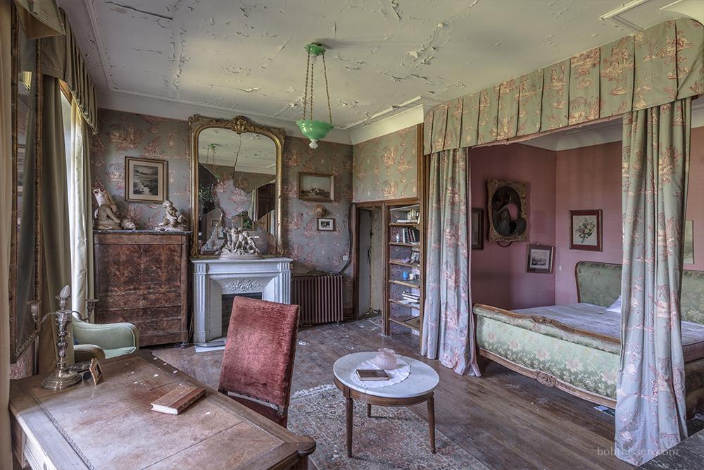 Abandoned Castles France | Bob Thissen