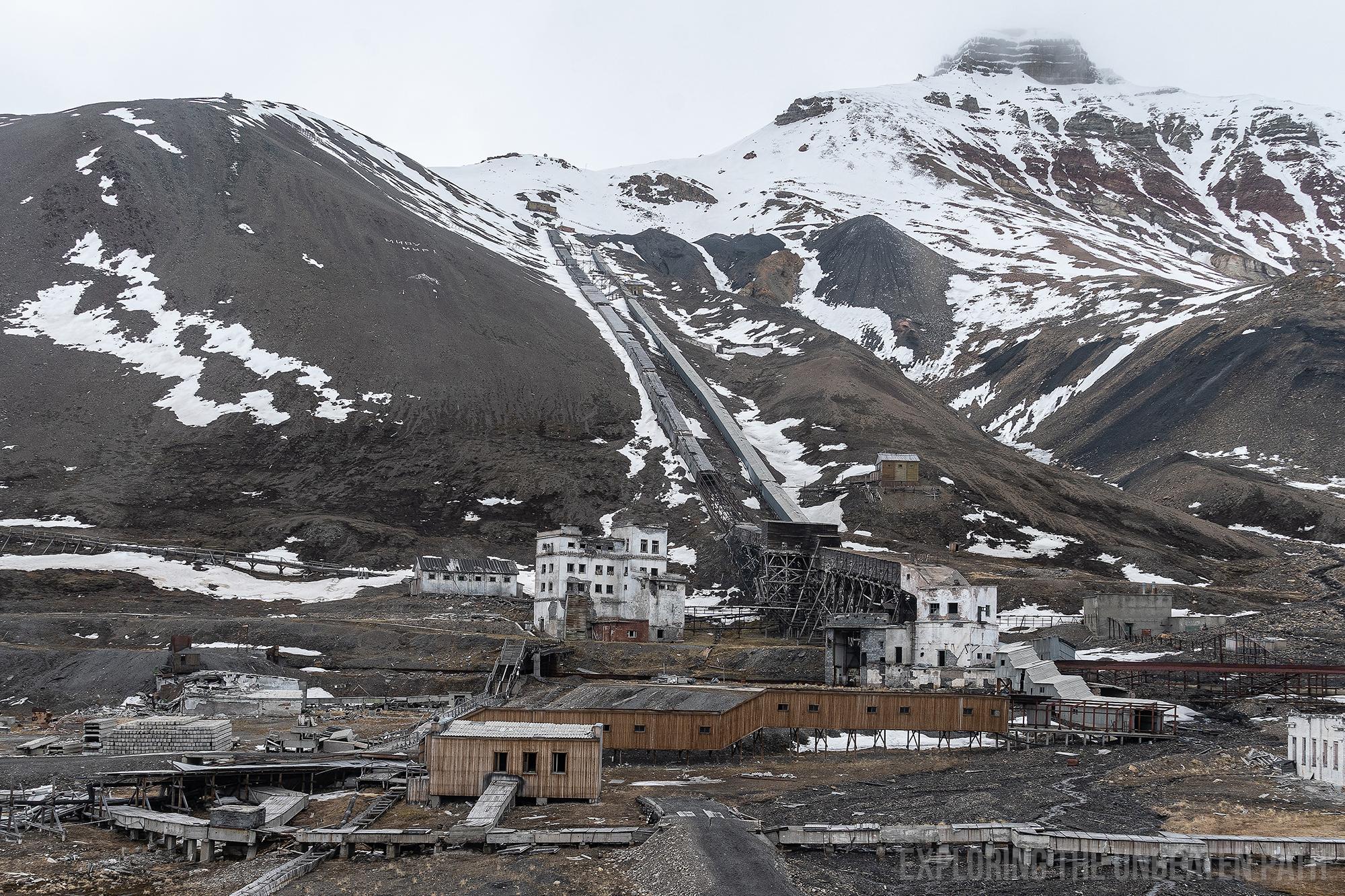 Svalbard Pyramiden Soviet Abandoned urbex urban exploring